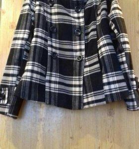 Модное пальто 44р-р