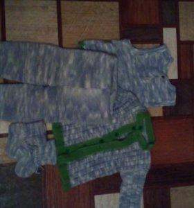 Вязаный костюм для маленьких