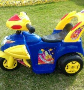 Детский аккумуляторный мотоцикл
