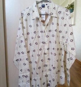 Новая рубашка с модным принтом