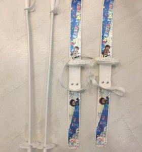 Детские новые лыжи