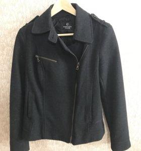 Пальто 40% шерсти