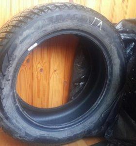 автомобильные зимние шины (4 штуки) Goodyea