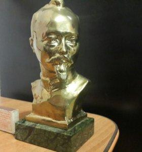 Бюст Ф.Э.Дзержинского, бронза
