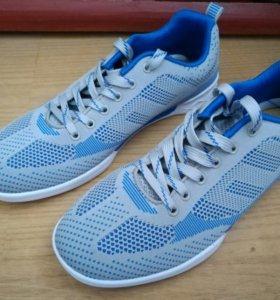 новые! неношенные! кроссовки (41-42 размер)