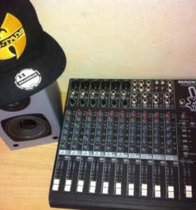 Пульт Mackie 14 channel mic/line mixer