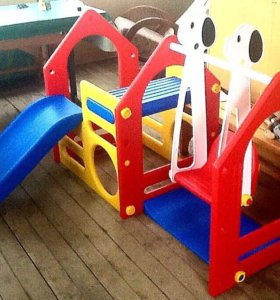 Детская площадка+подарок.