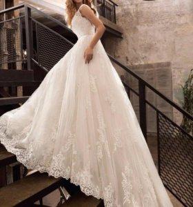 Свадебное платье,новое!