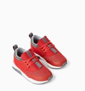 Детские новые кроссовки