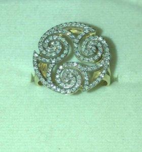 Золотое кольцо 585 с Бриллиантами