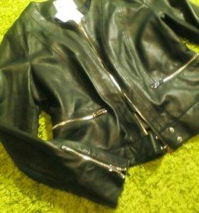 Куртка кожаная новая. Р.44-46