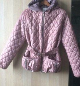 Женская куртка (демисезон)