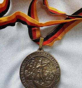 Медальки спортивные
