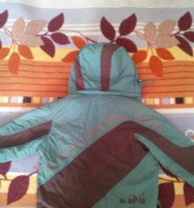 Демисезонная курточка 104 см