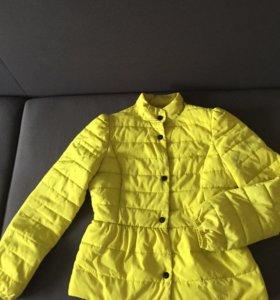 Продам! Куртка 600, платья 1000