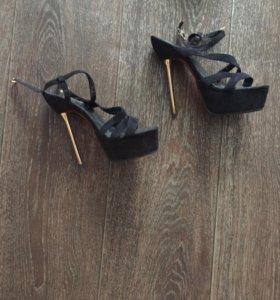 Босоножки, ботинки