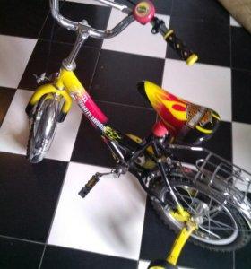 Велосипед харли-девитсон.