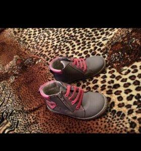 Ботиночки на девочку.