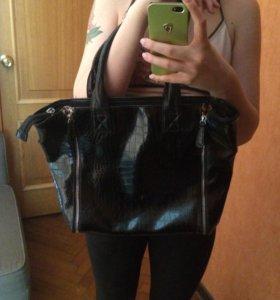 Шикарная Чёрная кожаная сумка
