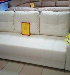Прямой диван в эко коже