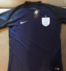 Футбольная форма сборной Англии