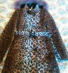 Весеннее пальто для девушки