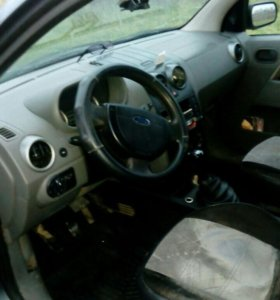Ford Fusion 1.4 МТ, 2005, хетчбэк