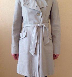 Плащ женский 44-46 р. И куртка летняя .