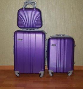 Ударопрочный пластиковый чемодан, ручная кладь