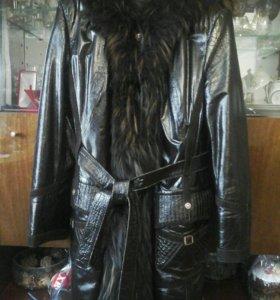 Пальто женское Кожаное с натуральным мехом