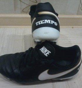"""Футбольные бутсы """"Nike Tiempo Genio"""""""