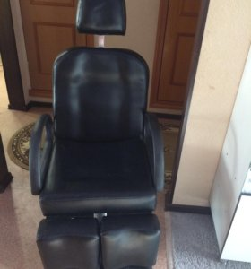 Кресло для педикюра (торг уместен)