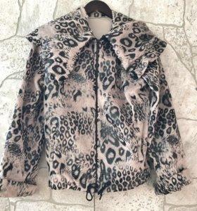 Лёгкая курточка