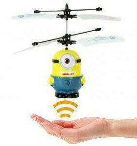 Радиоуправляемый летающий Миньон