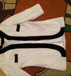 Пиджак одет 2раза