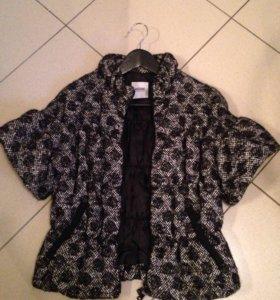 Куртка (ткань пальто) Moschino