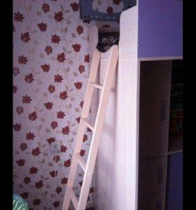 Кровать-чердак для девочки(с матрасом)