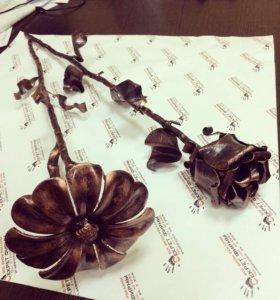 Цветы из металла, отличный подарок.