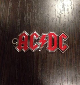 Подвеска рок группы AC/DC так же можно использоват