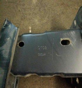 Усилитель бампера Ford Focus 2