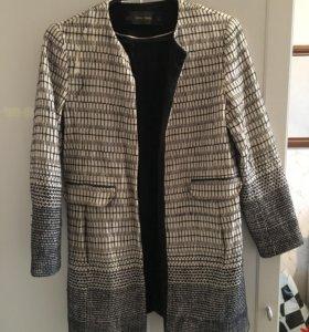 Тренч/пальто Zara