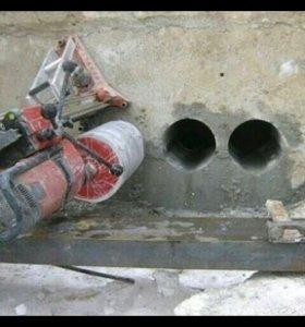 Алмазное сверление в отверстие бетона