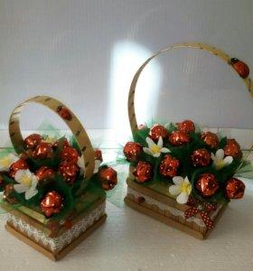 Композиции из конфет на заказ
