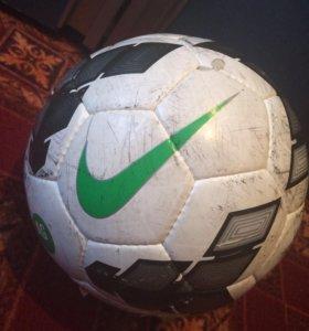Фирменный мяч Nike AGDURO