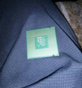 Процесор интер  пентиум 4 2ядра по 3.2гигогерца