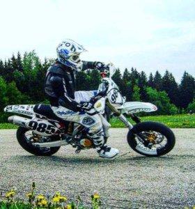 Запчасти для мотоциклов ямаха vr400,vr 426,vr 450,