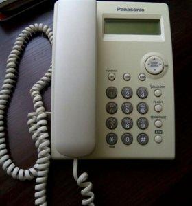 Телефон Panasonik KX-TS2351RUW.