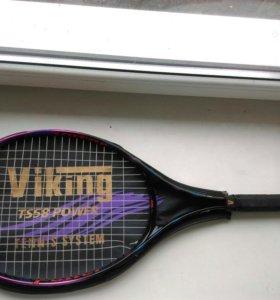 Теннисная ракетка с чехлом, требуется перетяжка