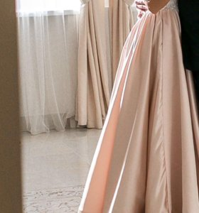 Свадебное платье 42-44 р