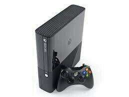 Xbox 360 E 4gb